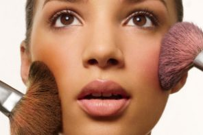 How to Choose the best Makeup for Acne Prone Skin