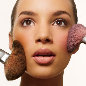 How to Choose the best foundation for Acne Prone Skin