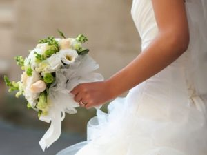 Do your own bridal bouquet and boutonniere