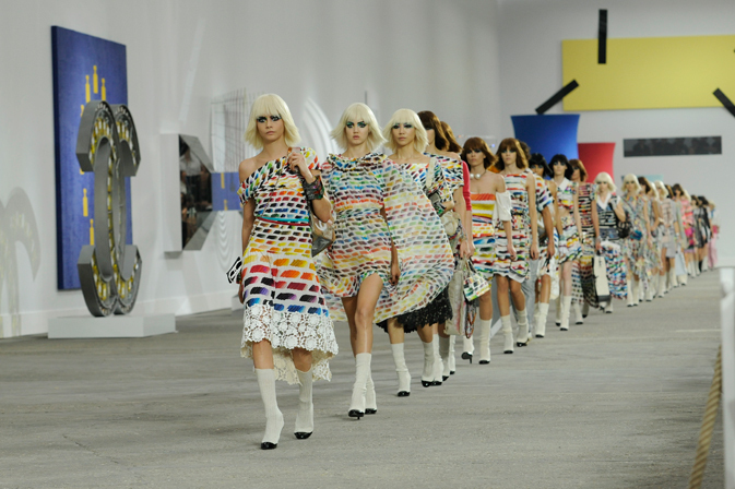 chanel-fashion-show