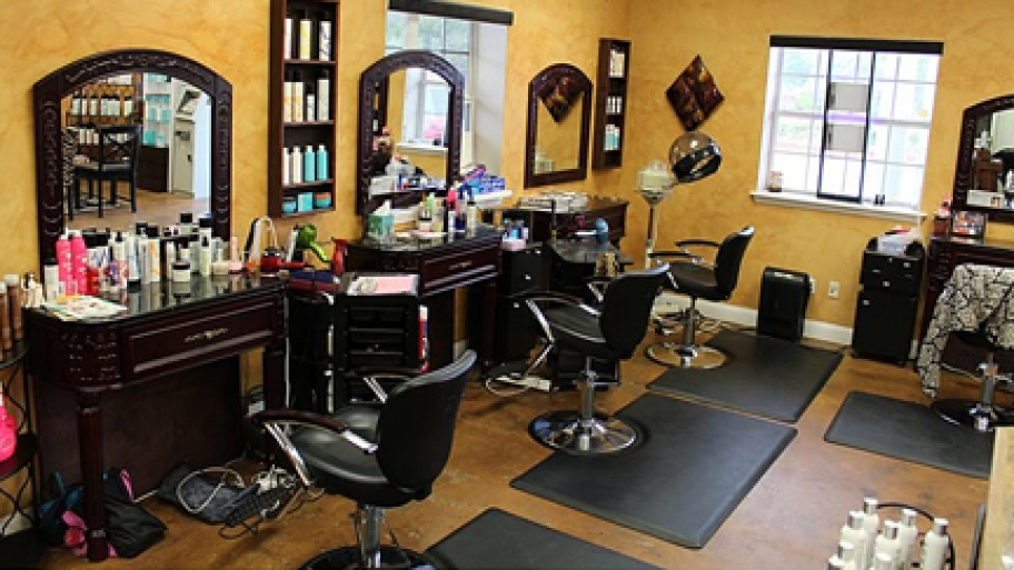 Fashion And Beauty Recruitment Agencies: Follow The Right Criteria To Select A Reputable Hair Salon